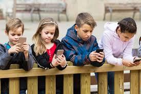 Dampak Buruk Gadget Pada Anak